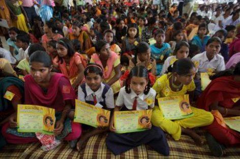285 niñas indias reciben un nombre por primera vez