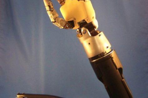 Controlar un robot con la mente