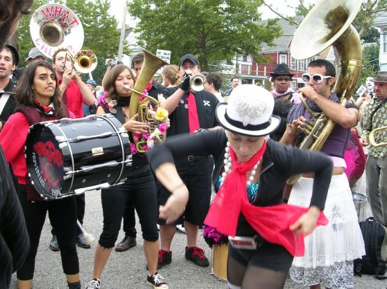 Honk Festival, bandas de música callejeras se unen por la causa social