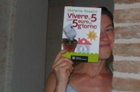 Un libro que explica cómo vivir con 5 euros al día