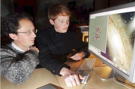 Un joven de 15 años participa en un estudio sobre las galaxias