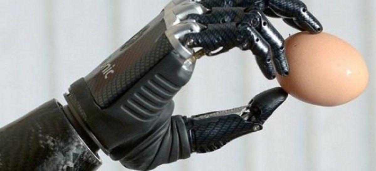 La primera mano biónica será trasplantada