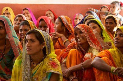 La India promueve la inclusión financiera de la mujer