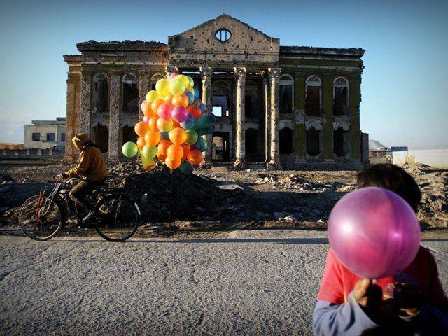 afganistan-arte en afganistan-Creative despite war