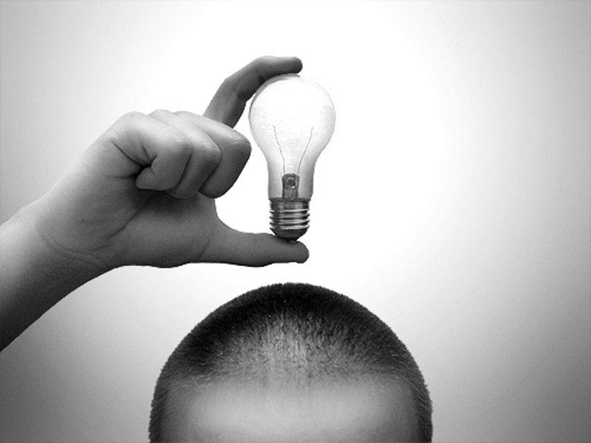 idea-emprendedores-emprender-ideas luminosas