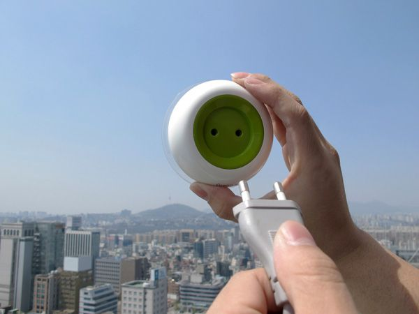 cargador solar-cargador de movil-energia solar-window_socket3