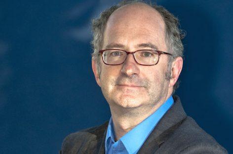 <h6> Entrevista a John Lanchester </h6> Nos está haciendo falta otro 68