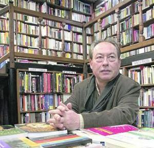 GREGORIO MORAN EN LA LIBRERIA PARADISO.