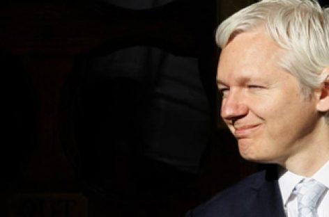<h6> Opinión de Julian Assange y Christophe Deloire <h6>   Snowden y Europa