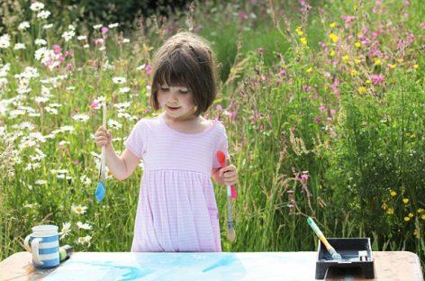 Una niña autista de apenas 3 años revoluciona el mundo del arte