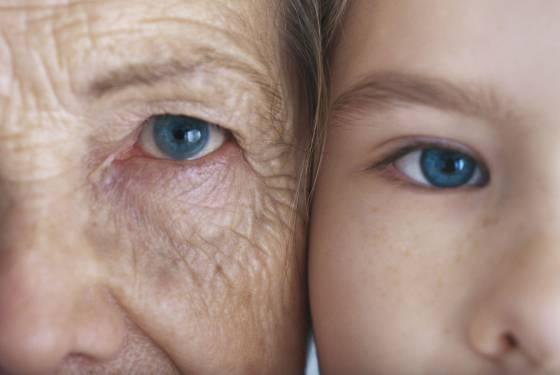 jovenes-ancianos-juventud-vejez-enfermedades-tercera edad