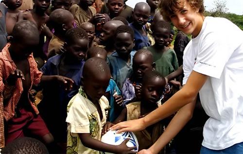 El niño que soñaba con erradicar la sed de Africa