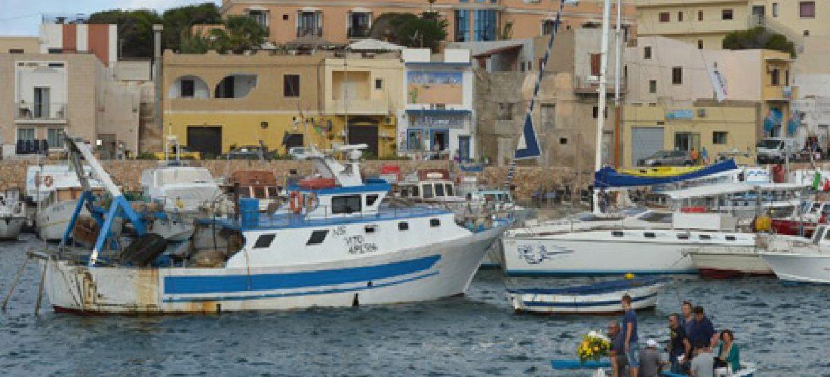 Resultado de imagen de inmigrantes Lampedusa