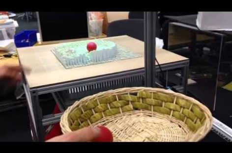 Una máquina que reproduce tus manos a tiempo real