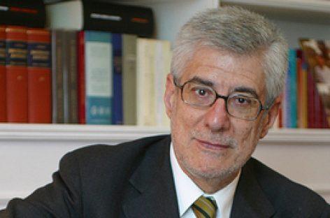 Hay que aceptar con realismo y modestia la limitada oportunidad que se pone a nuestro alcance. Juan-José López Burniol