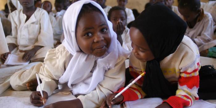 Educa a un Niño, 3 millones de dólares para los niños refugiados