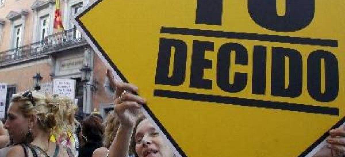 Recogida de firmas contra la ley del aborto