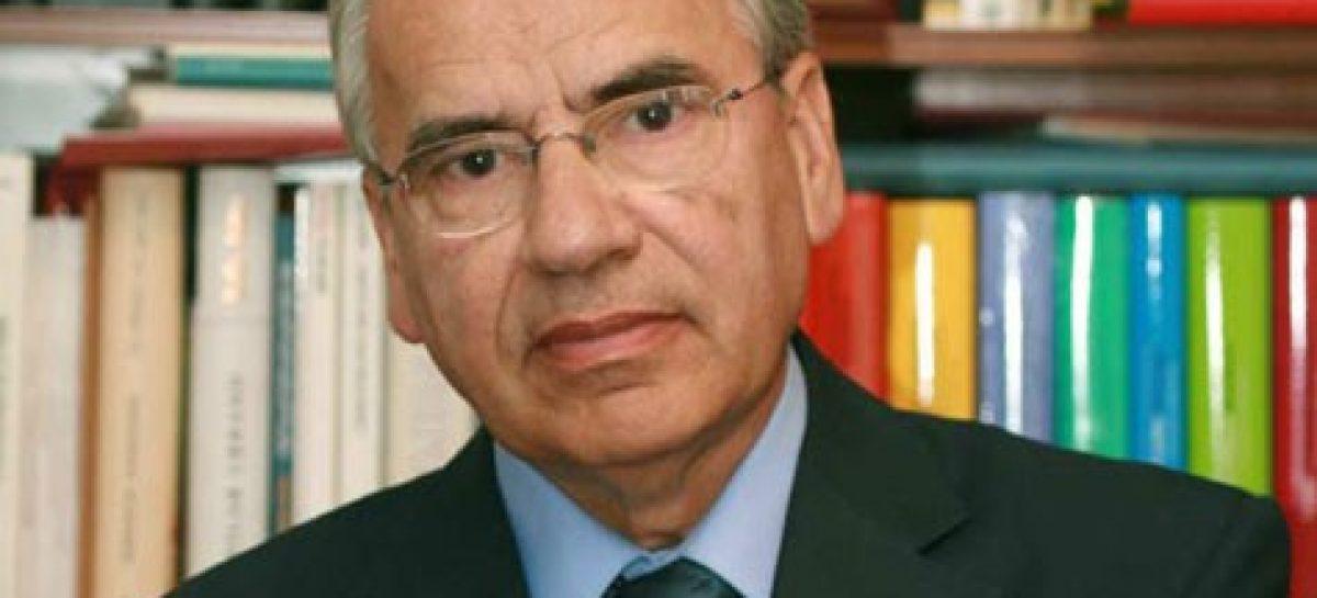 Suárez, el hombre puente entre dictadura y democracia.