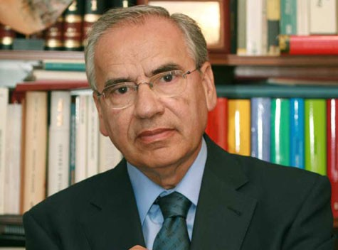 Suárez, el hombre puente entre dictadura y democracia. <small class=