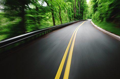 Nuevo material: construir carreteras con plástico reciclado
