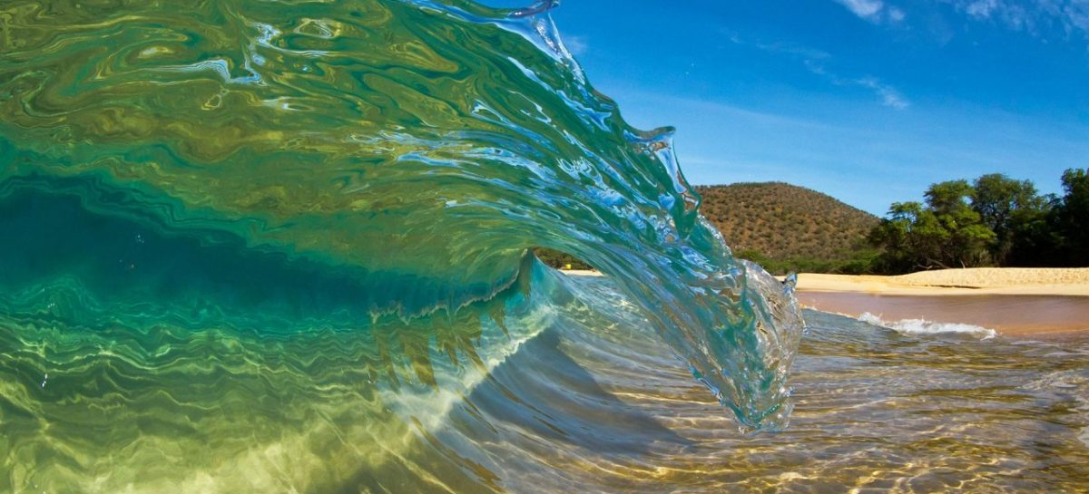 La fuerza de las olas: energía sostenible en estado puro