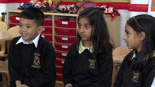 Un colegio en Londres convertido en la Torre de Babel
