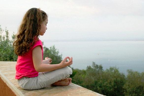Los beneficios de la meditación infantil