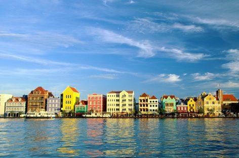 Curazao, la pequeña isla convertida en gran referente económico y social