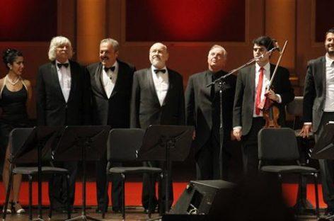 Barenboim, Argerich y Les Luthiers, la gran noche del Teatro Colón