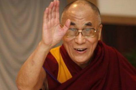 """El Dalai Lama respalda la encíclica """"verde"""" del Papa Francisco"""