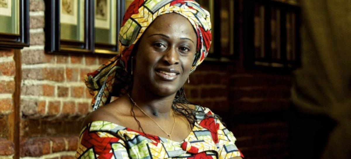 Caddy Adzuba, la periodista que arriesgó su vida por otras mujeres