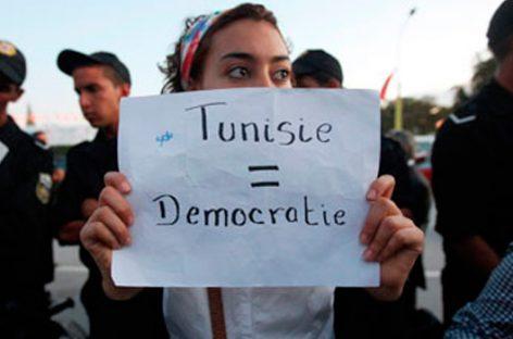 La transición democrática avanza en Túnez