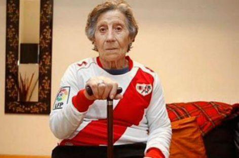Carmen Martínez, la anciana de Vallecas ayudará al ex-portero del Rayo