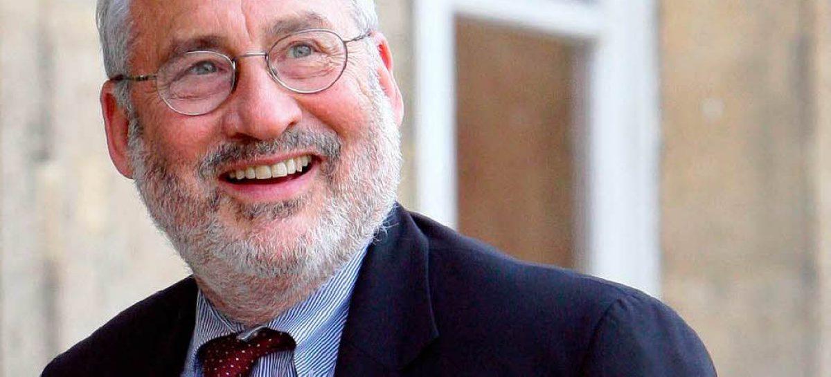 Debemos revivir la Ilustración y volver a comprometernos con honrar sus valores de libertad, respeto al conocimiento y democracia. Joseph E. Stiglitz