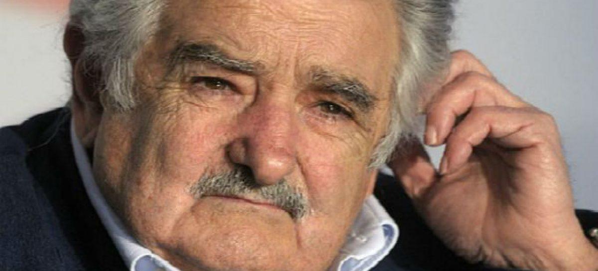 Uruguay despide a Mujica como presidente