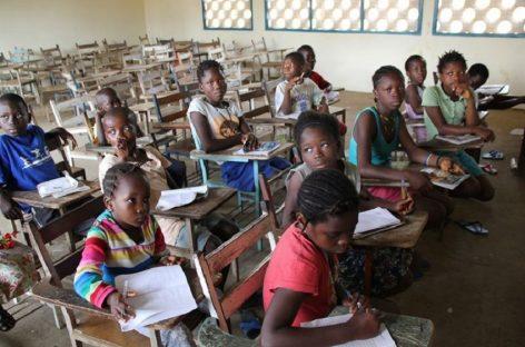 Manos Unidas. Con alegría, vuelta al cole en Sierra Leona luego de 9 meses por ébola