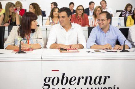 En España el PSOE avala pactos con Podemos