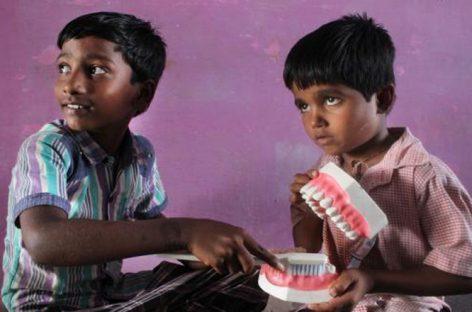 FVF. Con educación y concienciación habrá más bocas sanas en la India