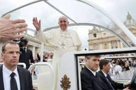 """El Vaticano firma un acuerdo con Palestina abogando por los """"dos Estados"""""""
