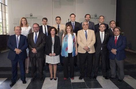 Andalucía, la presidenta Susana Díaz propone reducción de tasas universitarias y pago fraccionado en ocho mensualidades
