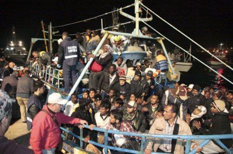 La UE se pone de acuerdo contra las mafias migratorias en el Mediterráneo