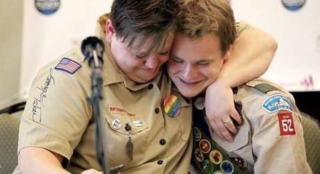 Los 'boys scout' ponen fin al veto homosexual