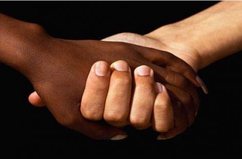 Plan histórico en Estados Unidos: nuevas normas para evitar la discriminación racial