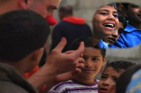 Payasos Sin Fronteras celebra premio PRAISED del festival Culture Unplugged