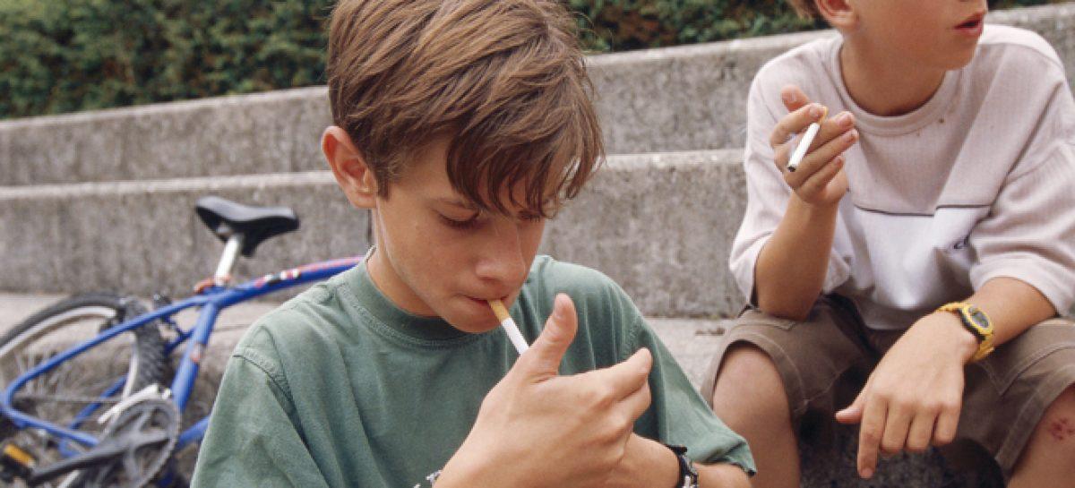 La falta de educación mata tanto como ser fumador