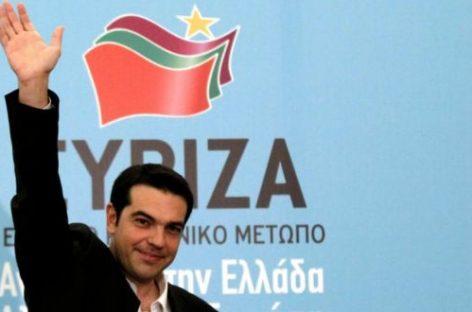 Syriza sigue primero en las encuestas