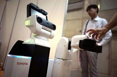 Toyota diseña un robot asistente para personas con movilidad reducida