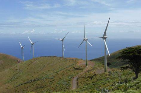 La isla de El Hierro funcionó energéticamente durante dos horas únicamente con energías renovables
