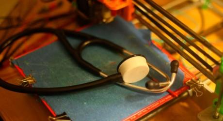 El estetoscopio que mejorará la situación médica en Gaza