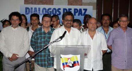 Las FARC quiere reunirse con el Papa Francisco para avanzar acuerdo de paz
